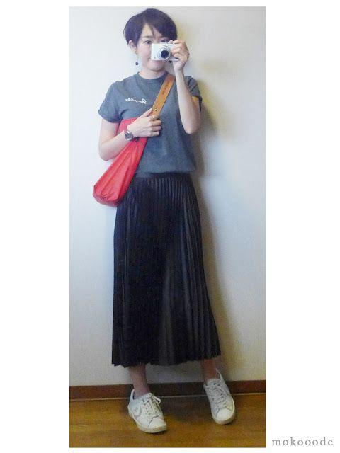 モコーデ: ZARAプリーツスカートのスニーカースタイルとやっぱりレトロゲーム! 9月22日