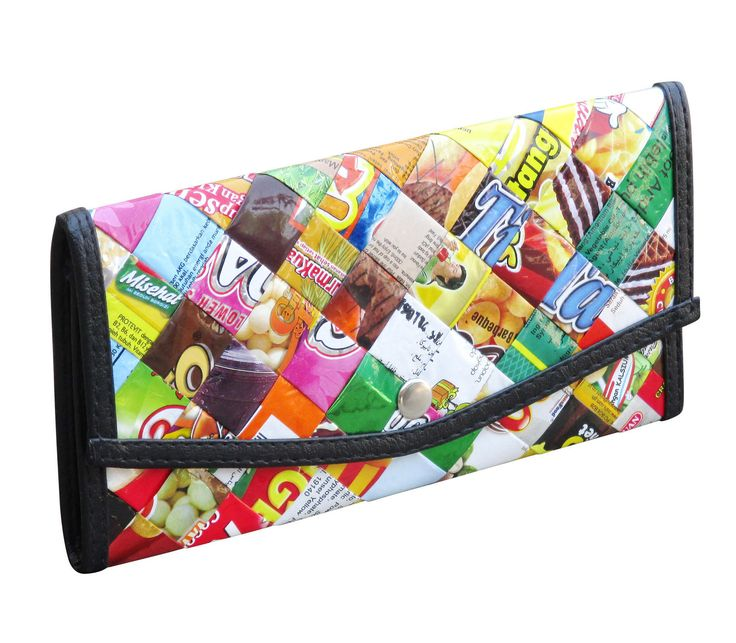 Small snap envelop wallet using candy, snack and gum