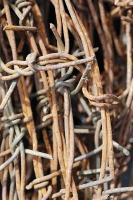 How to Make Barb Wire Balls