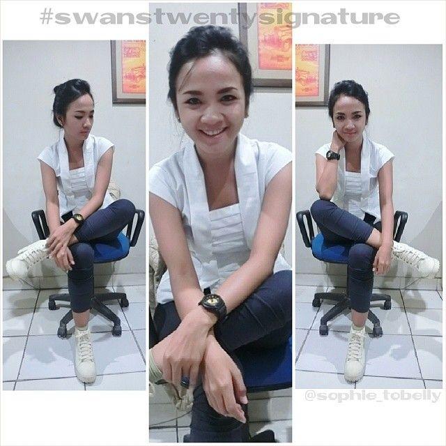 modern Indonesia look  kutu baru blouse - white fabric: IMA cotton made to order by colour and size  www.swanstwenty.com WA: +6283873872007