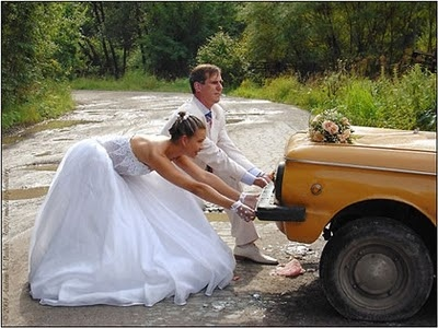 Funny Wedding Pictures: Google Image, Pictures Ideas, Marry Funny, Photo Ideas, Funny Wedding Photography, Funny Pictures, Photography Stuff, Wedding Pictures, Cars Issues