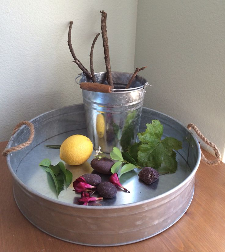 Nature Tray: a treasure chest for the wild explorer. #unschooling