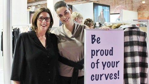 Die Curvy-is-sexy-Messe war nicht nur eine Pflichtveranstaltung für Einkäufer, sondern auch eine Art Familientreffen für die Plussize-Blogger, Plussize-Models, Designer und prominente Zaungäste.