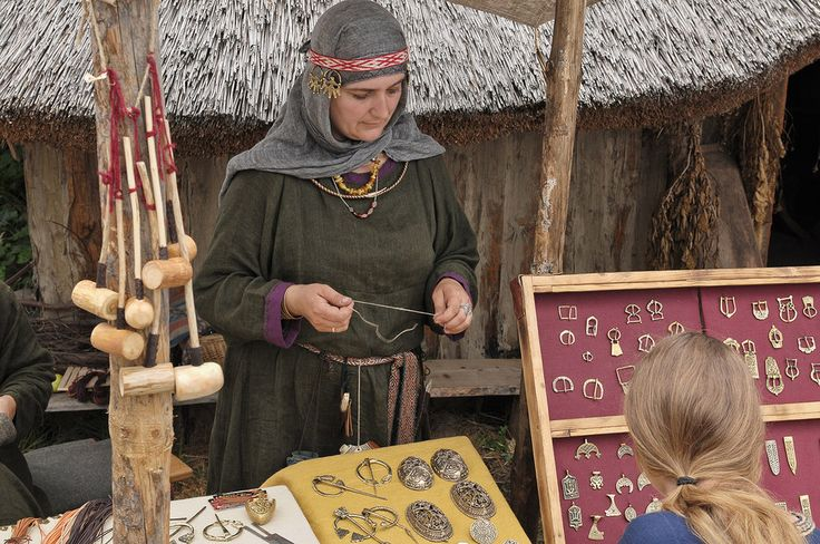 Radimichi temple rings on a reenactor in Wolin. XIX Festival Wolin 2013, Gallery 63 photo 21 by Wikingowie