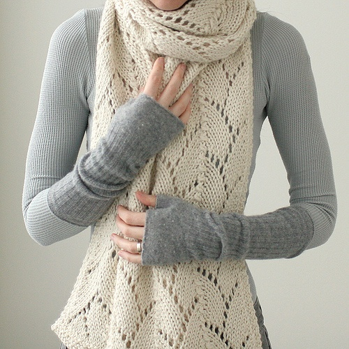So Cozy and CuteFingerless Gloves, Crochet Scarf, Knits Scarf, Chunky Alpacas, Knits Scarves, Kim Hargreaves, Fall Looks, Alpacas Wool, Knits Needle