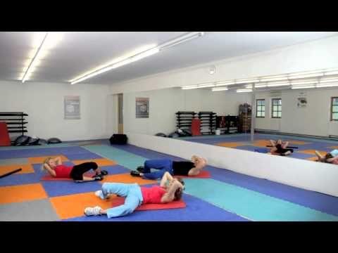 ▶ Posilování břicha - Hanka Kynychová - Abdomen training - YouTube