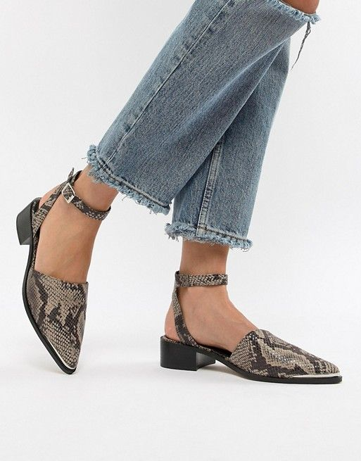 1408baaccc73 DESIGN Mamba pointed flat shoes in snake in 2019