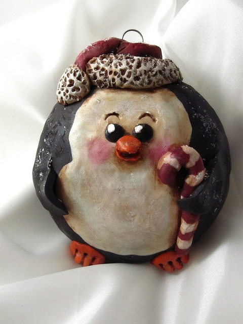 Penguin Christmas Ornament by curly girl designs, via Flickr