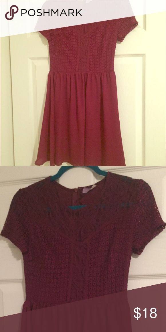 Francesca's Maroon Lace Dress Beautiful dress. Worn once. Francesca's Collections Dresses