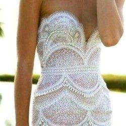 lace scallop wedding dress