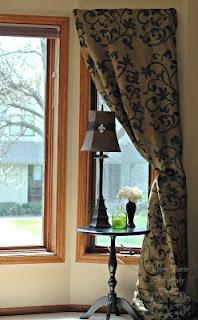 Stenciled Burlap Curtains.: Pixie Dust, Living Rooms, Decor Ideas, Black Pattern, Dust Boutiques, Burlap Curtains Holy, Stencil Burlap Curtains, Bedrooms Curtains, Crafts