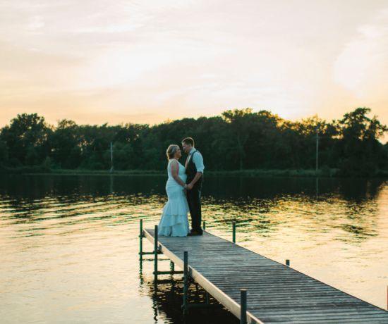 DIY Rustic Wedding - DIY Wedding Ideas, Invitations, Flowers for a Rustic Country Wedding