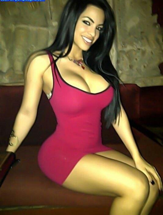 Hot Latinas Amateur 104