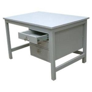 How to Paint a Metal Desk