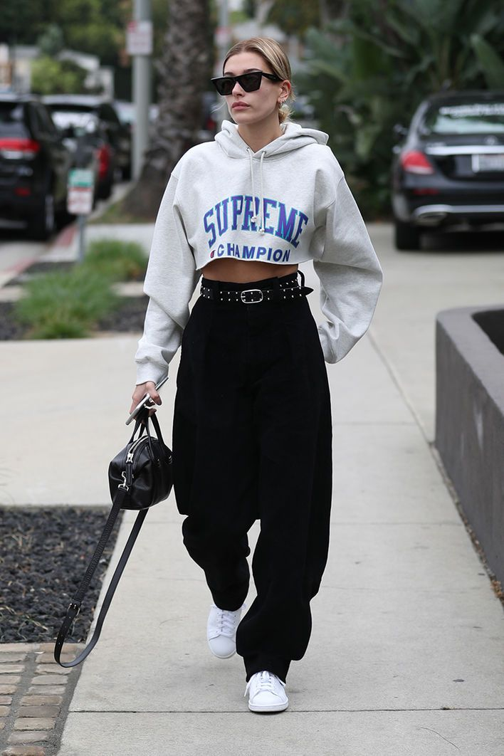 Hailey Baldwin, Model - Look of the Day