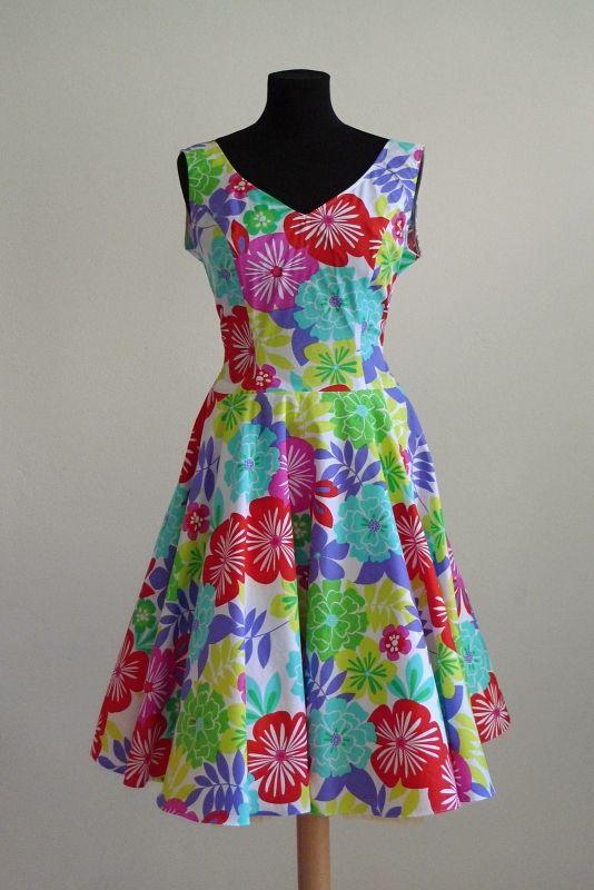Popelínové taneční šaty