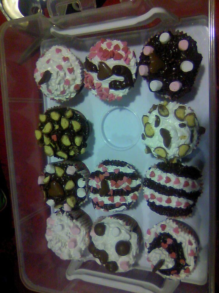 Valentine cupcakes 2012