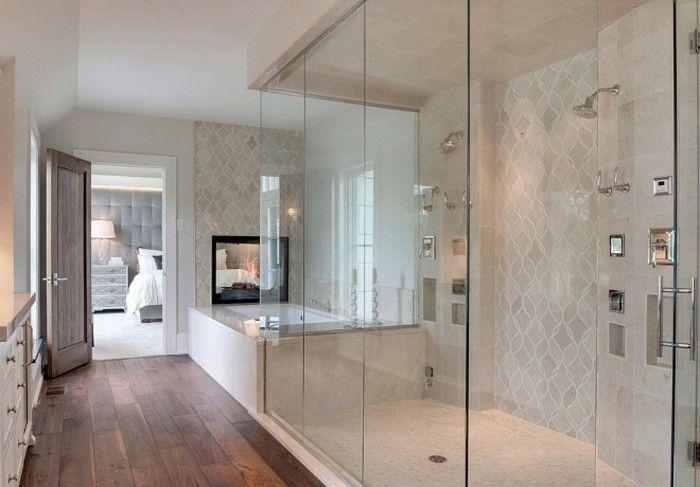 modele douche a l'italienne pour une salle de bain longue et etroite