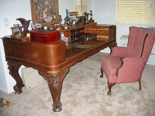 Antique Square Grand Piano Desk with Chair by FinishWell, via Flickr - Best 25+ Piano Desk Ideas On Pinterest Piano Bar Near Me, Piano