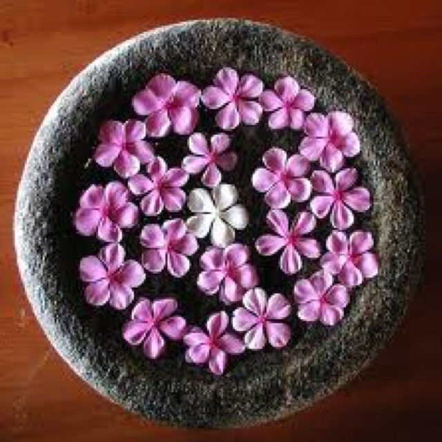 Thai flower bowl