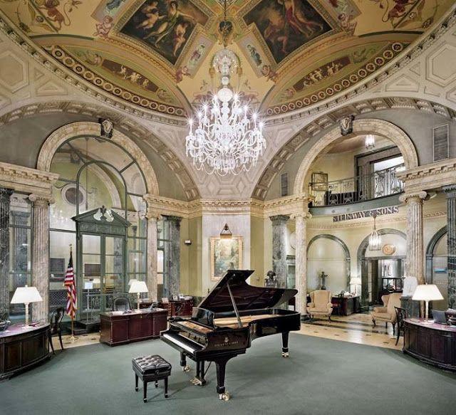 Fotos revelam o processo artesanal de fabricação dos Pianos Grand Luxo da Steinway