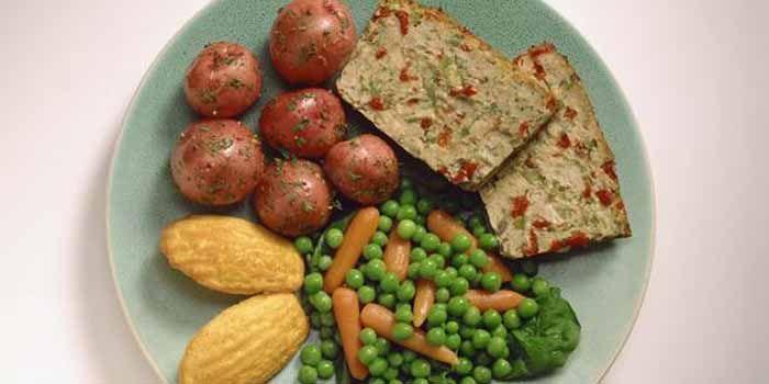 Com os hábitos atuais, muitas vezes as dietas low carb (baixos carboidratos) acabam sendo recomendadas a fins não somente estéticos, mas principalmente rel
