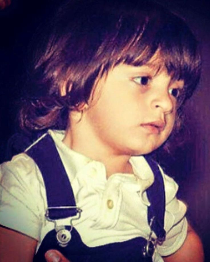 This picture of AbRam Khan is definitely going to brighten up your day! | PINKVILLA