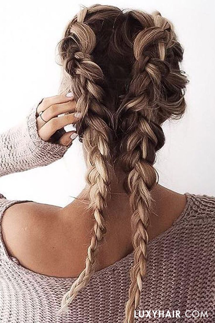 Still not over this hairstyle. Hbu?? @fakander is wearing some wefts of her #luxyhairextensions for this hairstyle <3