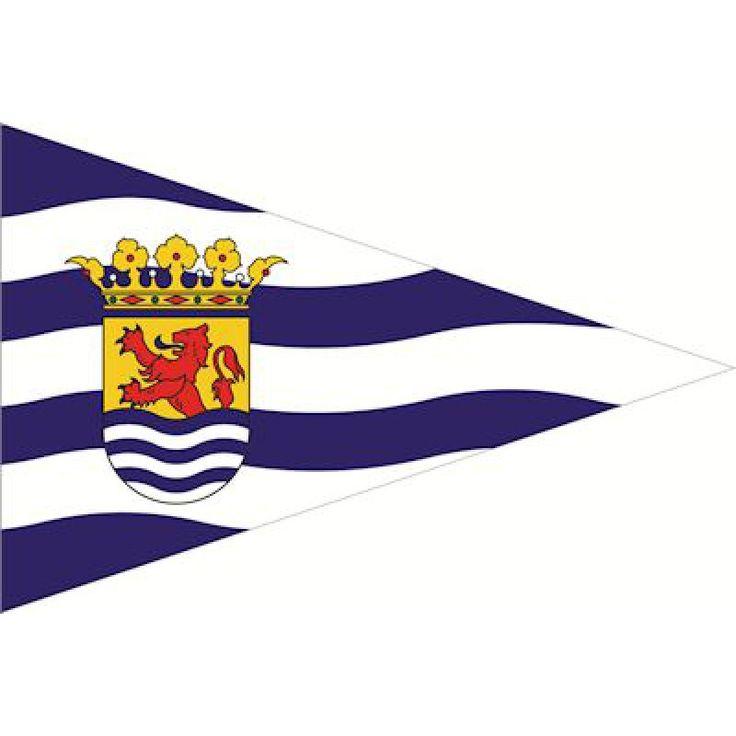 Puntvlag Zeeland 30x45cm Zeeuwse wimpel Op boten gebruikt als vlag op de boeg van het schip. Deze wimpels worden tevens gebruikt door wandelaars. Materiaal gemaakt van de beste kwaliteit vlaggenstof met koord en lus rondom gezoomd Topkwaliteit voor in weer en wind buiten. Bestel voordelig deze puntvlaggen van de provincie Zeeland en andere vlaggen bij Vlaggenclub!