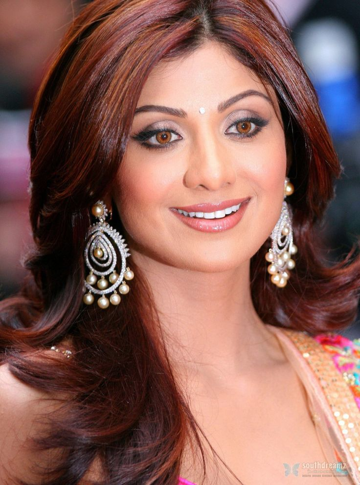Shilpa Shetty makes the announcement