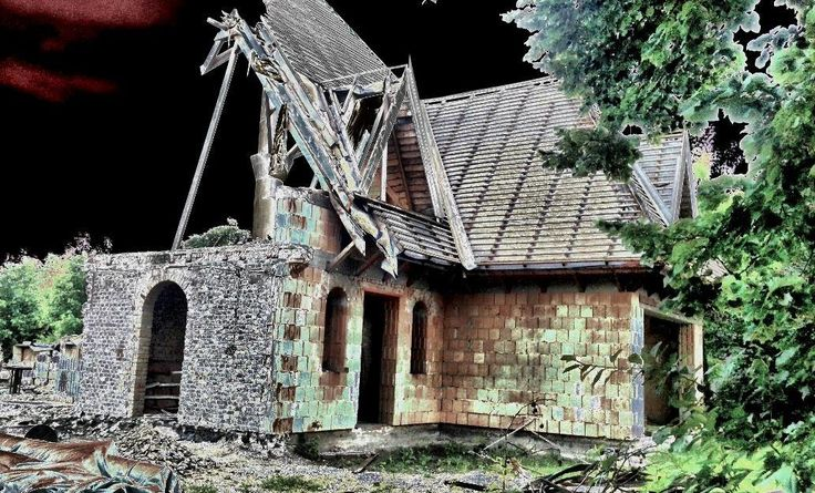 House of ghosts / Clickasnap