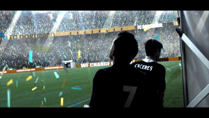 Zadaniem WildBerry Brand było zrealizowanie reklamy, która rozpaliłaby wyobraźnie młodych piłkarzy. Zdecydowaliśmy się opowiedzieć historię 'amerykańskiego snu' na polskim rynku piłkarskim. Od meczu młodzików na stadionie treningowym Polonii Bytom, po mecz ekstraklasy na żużlowym stadionie w Toruniu, po występy w niemieckiej bundeslidze zrealizowane na nowym stadionie Sląska Wrocław. 43 osoby na planie, 11 dni zdjęciowych, 65000 animowanych kibiców i litry kawy złożyły się na ostateczny…