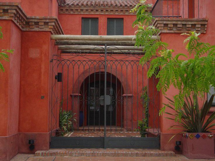 Arquitectura - Paisajismo - Ricardo Pereyra Iraola - Buenos Aires - Argentina - Entrada - Rejas - Tarquini - Casa