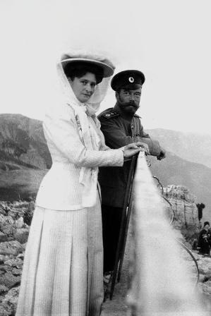 "Emperor Nicholas II and his wife Alexandra Feodorovna in Livadia. "" by lula"