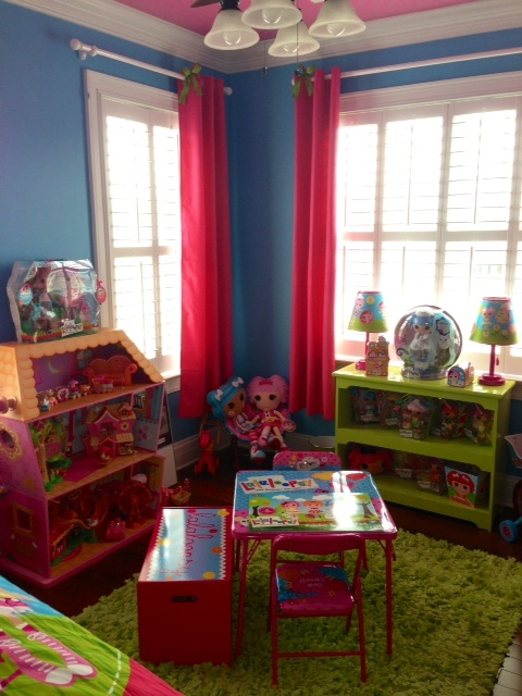 Such a Lalalovely Lalaloopsy room. 17 Best images about Kids Room Ideas on Pinterest   Lalaloopsy