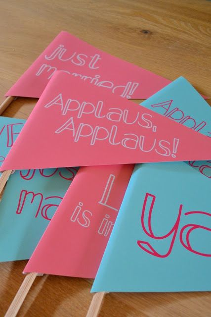Miris Jahrbuch: All you need is love - Wimpel / wedding wands Download