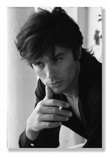 French heartthrob Alain Delon. What a babe.