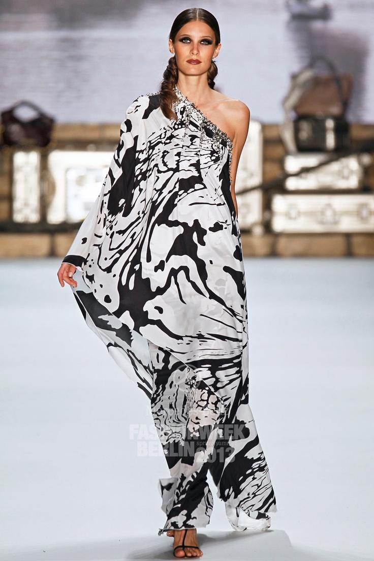 guido maria kretschmer s s 2013 fashion style mode. Black Bedroom Furniture Sets. Home Design Ideas