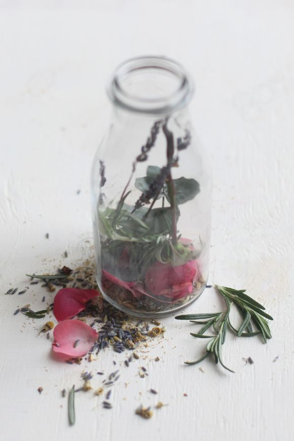 3 DIY Homemade Herbal and Floral Steam Facials