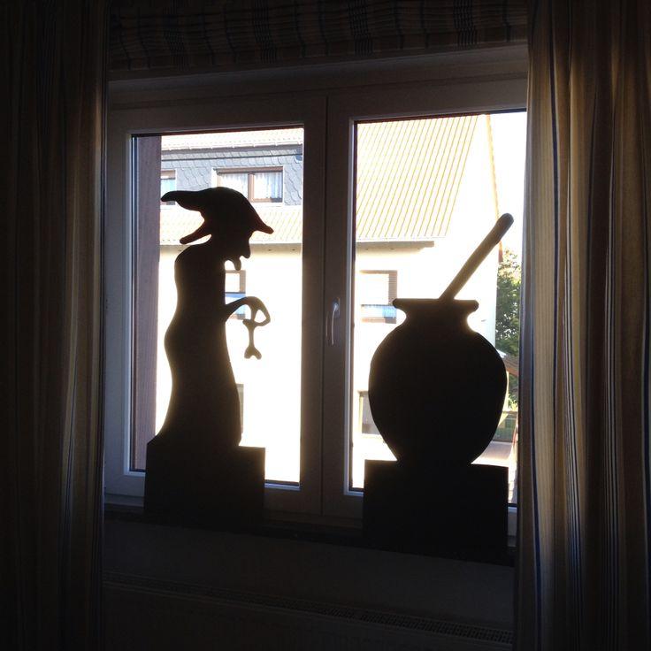 68 best fensterdeko images on pinterest christmas ornaments feathers and beams - Halloween fensterdeko ...