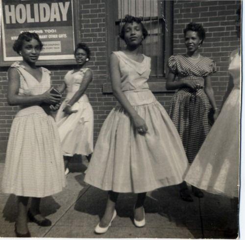 1950s girls.: Full Skirts, 1950S Style, Fashion Vintage, Africans American, 1950S Girls, Vintage Beautiful, Black History, Vintage Ladies, Vintage Photo