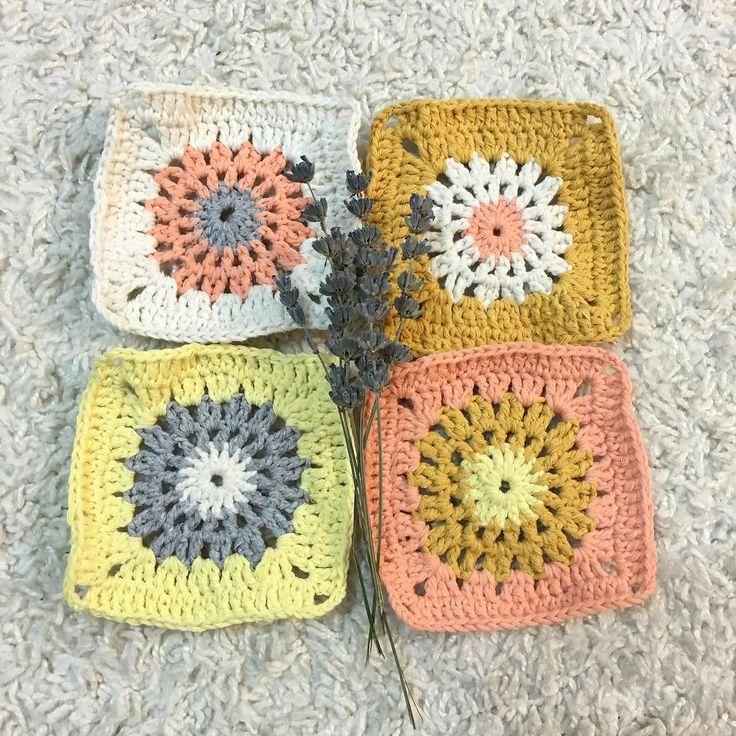 atelierbuke:: #crochet#örgübattaniye#crocheted#hooking#crocheters#crochetaddict#throchetproject#freeformcrochet#crocheteveryday#amigurumi#crochetcreations#crochetlove#crochetfun#crochetersofinstagram#crochetflower#atelierbuke#knitter #kroşe #orgu #battaniye#knitting#vscocam#handmadewithlove#love#hooking#motherdaughter#applethread#naturalthread #penyeip#spagettiyarn#vsco