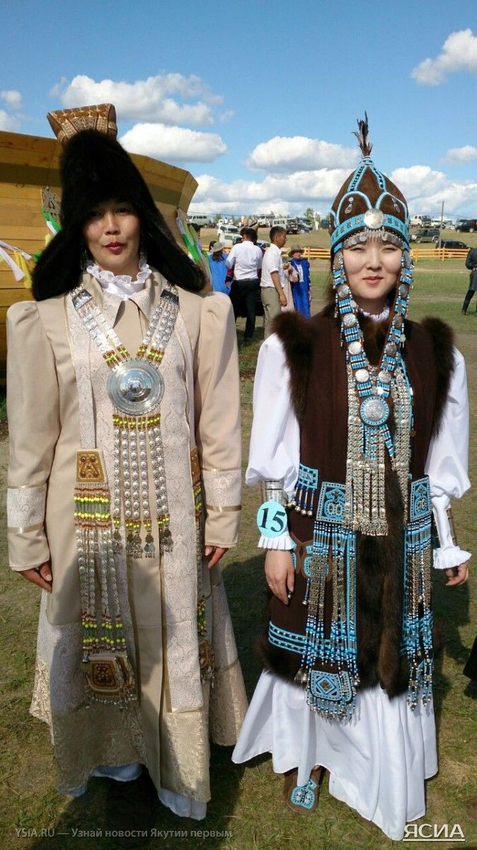 ФОТО: Ысыах Олонхо традиционно украсил конкурс национальных костюмов - ЯСИА