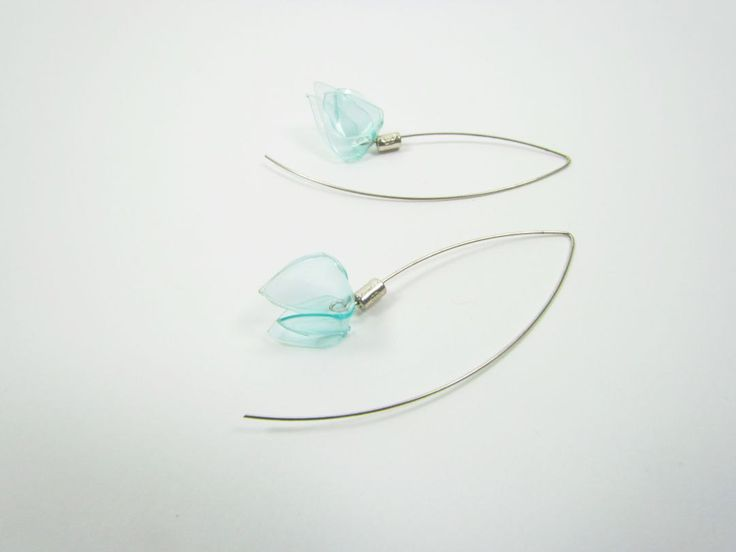 Mint green earrings Upcycled PET bottles Recycled plastic Modern Contemporary Simple Basic Eco friendly jewelry Simple Chic Minty flowers by ekoista on Etsy