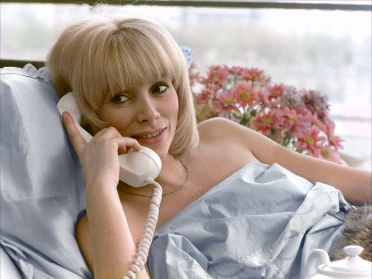 Le Téléphone rose - Mireille Darc
