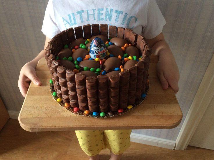 Такой Kinder-торт делала для брата на День Рождения🎉🎊🎂