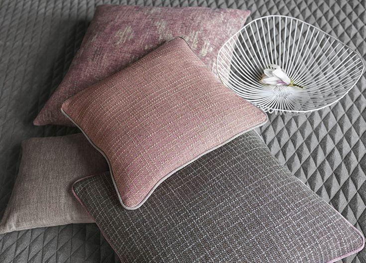 https://i.pinimg.com/736x/19/9d/ba/199dba23d2508096165702e7363ee925--jab-soft-furnishings.jpg