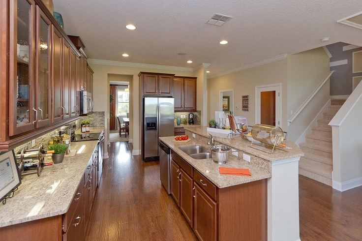 warm inviting kitchen sonoma model in mccormick woods ocoee fl cookin 39 kitchens. Black Bedroom Furniture Sets. Home Design Ideas