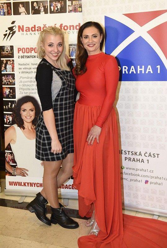 Anna s pořadatelkou charity Hankou Kynychovou