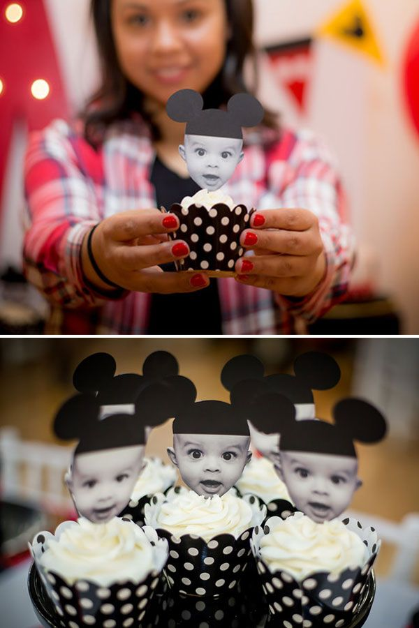 How cute are these mickey mouse cupcake toppers? made by Lysi of www.thelysilife.com